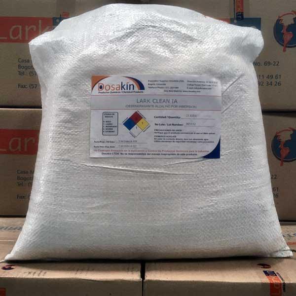 LARK CLEAN IAes un limpiador sintético de trabajo pesado para ser usado por inmersión en procesos de fosfatizado y esmaltado