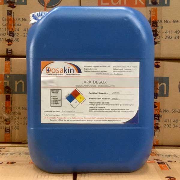 LARK DESOXes un liquido acido balanceado, que permite eliminar el oxido por medio de disoluciones por medios férricos para que la pieza obtenga un buen anclaje uniforme en el proceso